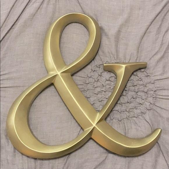 Gold Ampersand Sign